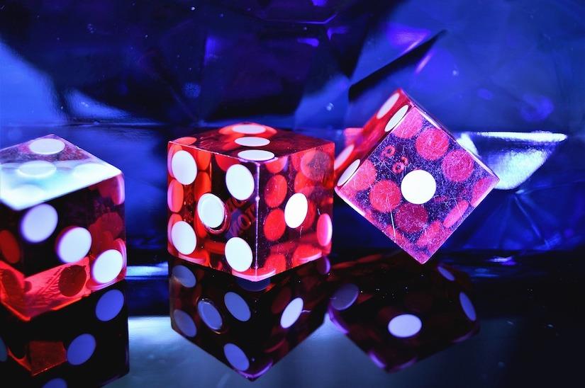 Linux Online Casinos: Zwei Würfel als Zeichen für Glücksspiel